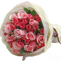 12 pink roses bouquet with greenery