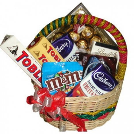 Send Assorted Chocolate Lover Basket #05 to Philippines