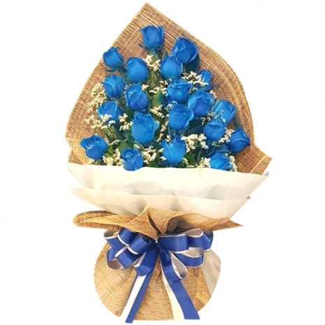 24 pcs of Blue and White Roses in a Bouquet