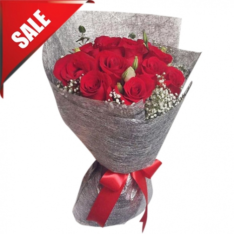 Send 12 Beautiful Red Roses Bouquet to Philippines